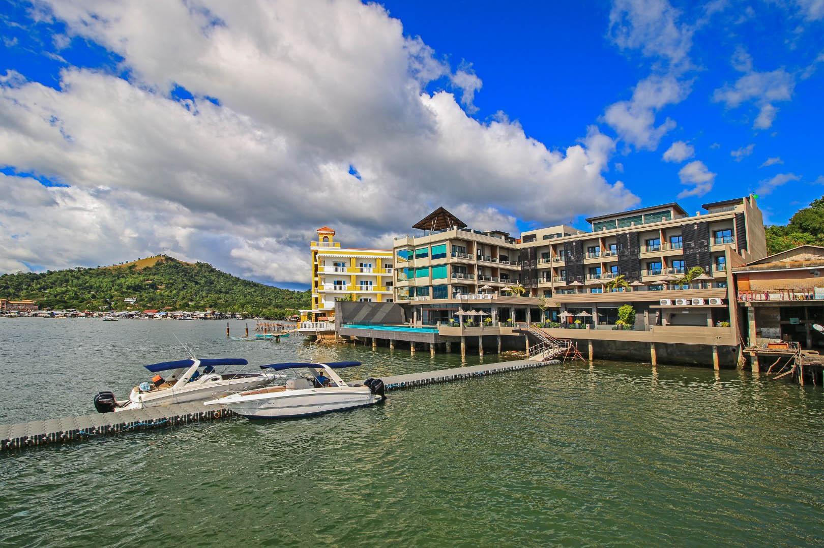 Coron Beach Hotels