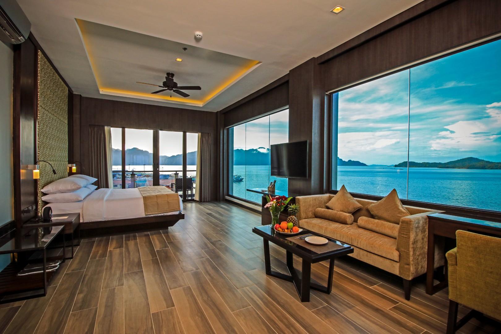 Two Seasons Coron Bayside Hotel Palawan Accommodation
